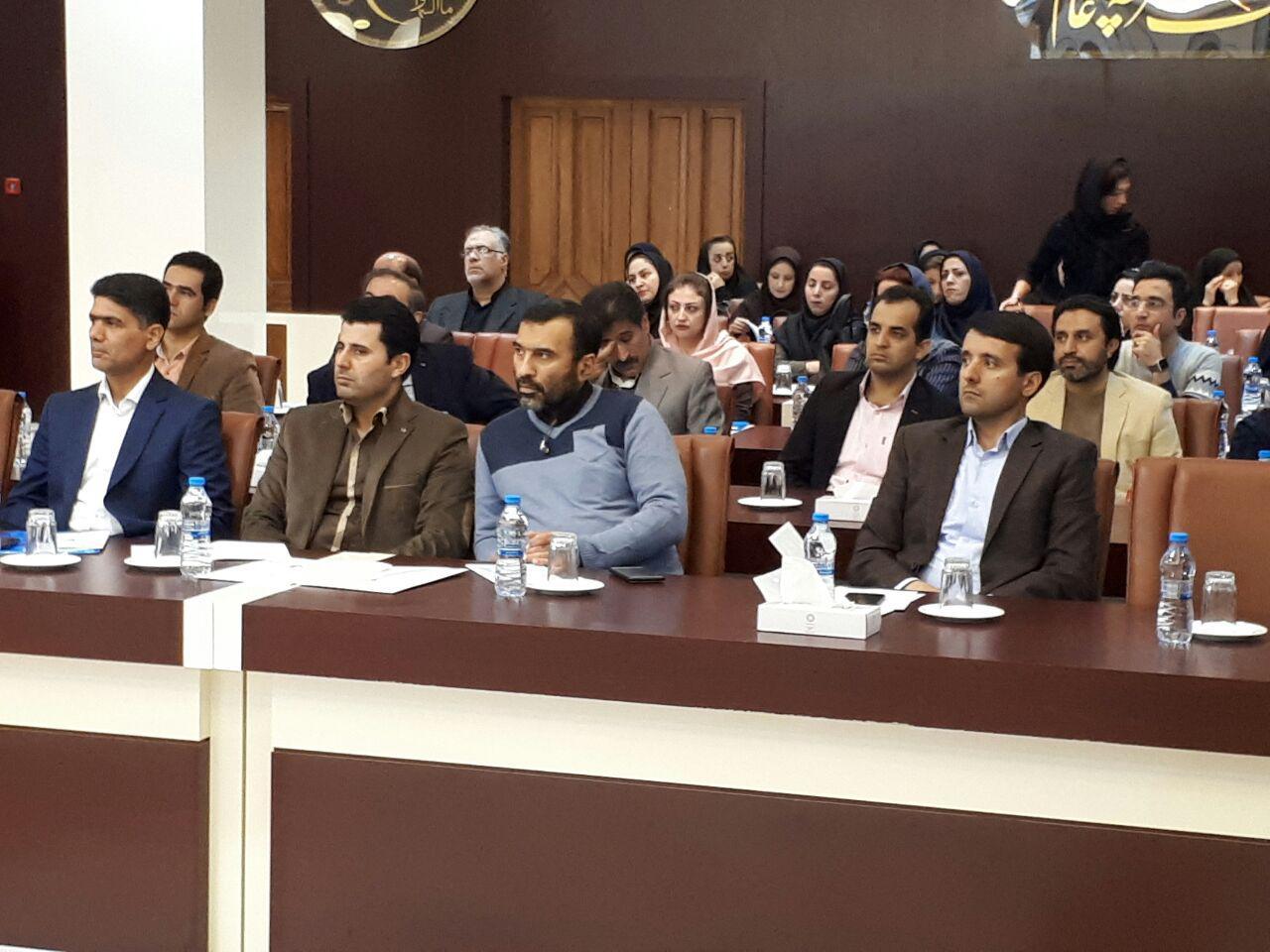 برگزاری سمینار آموزش پرستاری دستگاه های دیالیز  4008s Classic فرزنیوس در مشهد 7