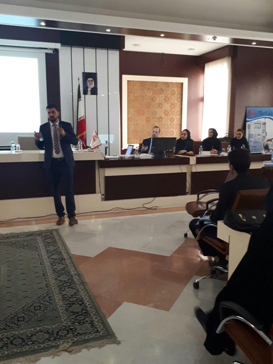 برگزاری سمینار آموزش پرستاری دستگاه های دیالیز  4008s Classic فرزنیوس در مشهد 22
