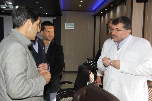 گزارش تصویری بازدید هئیت  جمعیت هلال احمر افغانستان از شرکت تجهیزات پزشکی هلال ایران