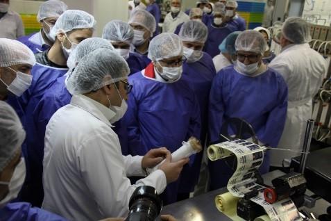 گزارش تصویری راه اندازی خط تولید فیلتر همودیالیز در  شرکت تجهیزات پزشکی هلال ایران